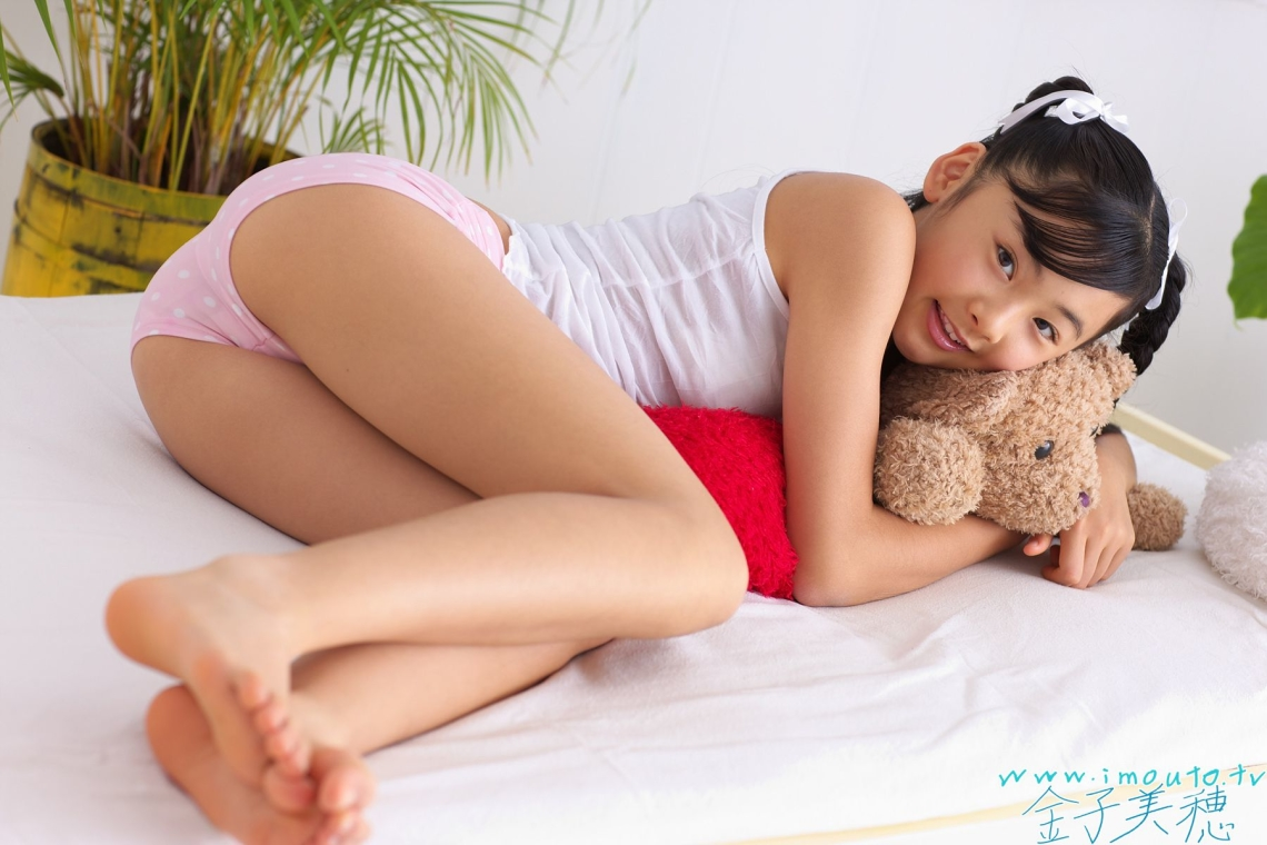 kaneko miho japanese junior porn   office girls wallpaper