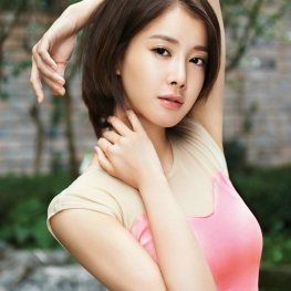 Lee Si Young (이시영)