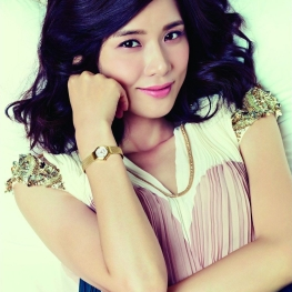 Lee Bo Young (이보영)